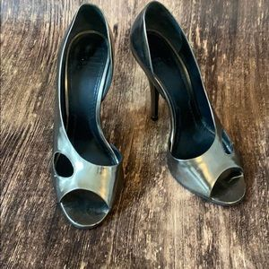 GIVENCHY cut out metallic heels size 37